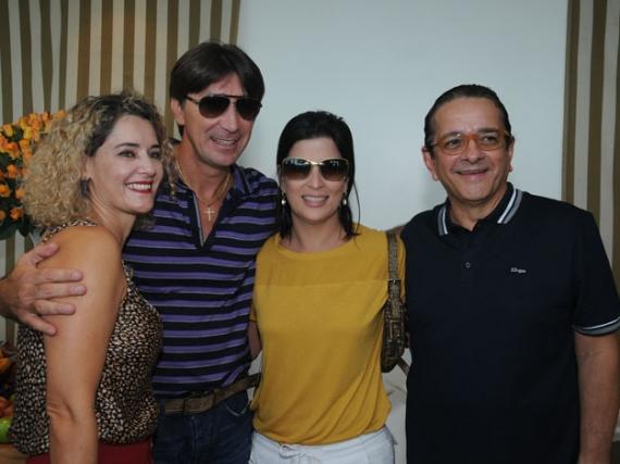 Sandra e Janguiê Diniz com Carla Bensoussan e Antonio Lavareda